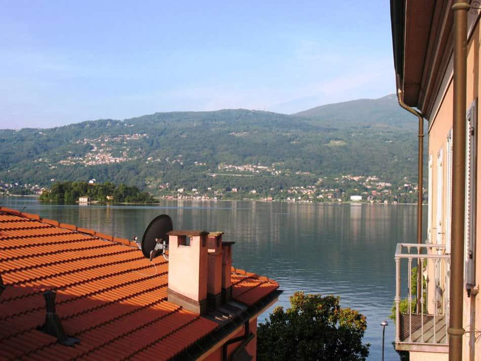 בתי מלון באגם מאגורה