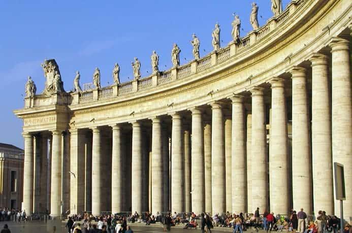 איפה נמצאת כיכר פטרוס הקדוש