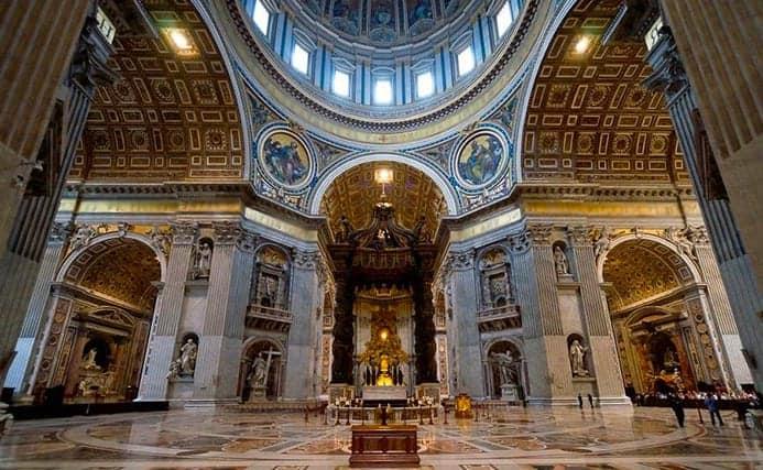 שעות פתיחה של בזיליקת פטרוס הקדוש