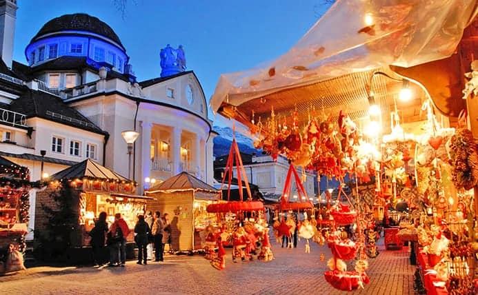 שוק בחג המולד באיטליה