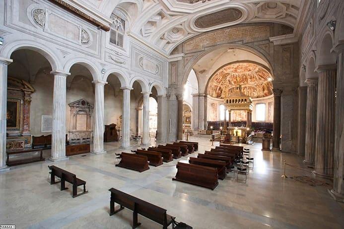 שעות עבודה של כנסיית סן פייטרו אין וינקולי